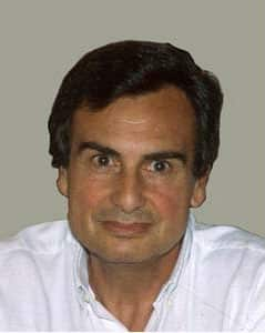 Docteur Pierre Bouhanna, chirurgien expert en greffe et implants capillaires